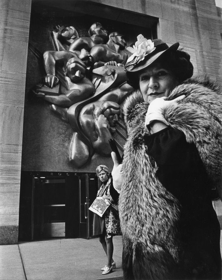 Taken from Bill Cunningham's Facades.  #NewYorkNewYork