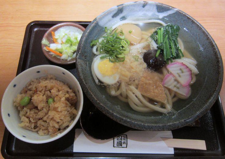 Gomoku udon. Gomoku gohan, 四国饂飩の五目うどんと五目ご飯