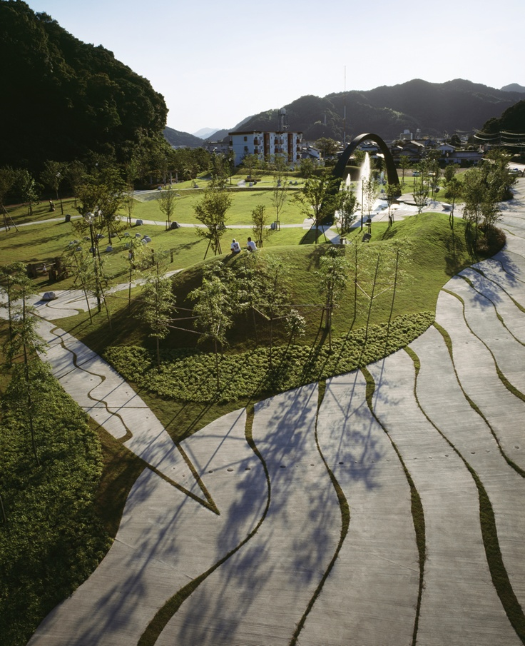 Sea Wave Saiki Peace Park By Eiki Danzuka Earthscape Zuk Nftige Projekte Pinterest Sea