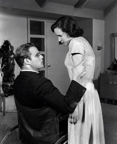 Marlon Brando and Teresa Wright in The Men (1950)