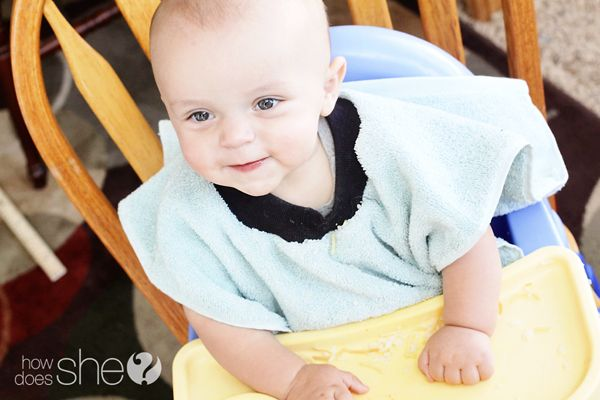 The Bib of all Bibs! You won't know how you lived without it! (It's so simple to make too!) #bibtutorialBibs A Towels, Sewing Baby, Bibsa Towels, Easy Sewing Gift To Make, Easy Bibs, Baby Things, Bibs Tutorials, Towels Bibs, Baby Gift