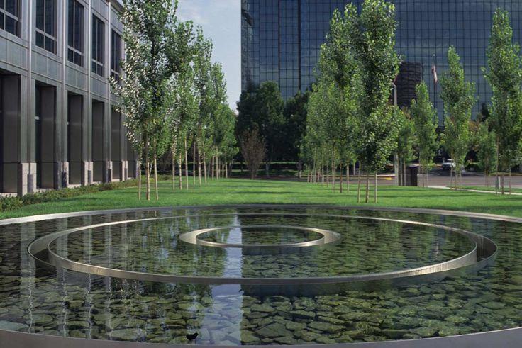 SOUTH COAST PLAZA TOWN CENTER/ PWP Landscape Architecture
