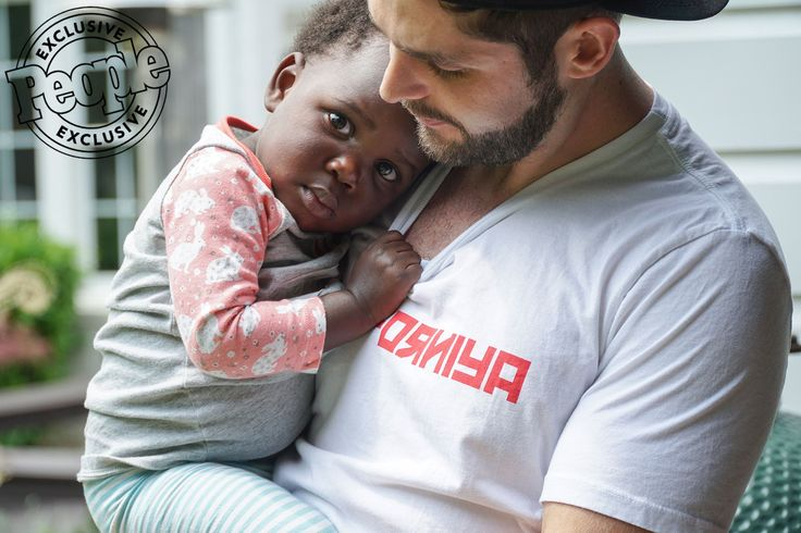 Thomas Rhett and Lauren Akins Adopt Daughter Willa Gray