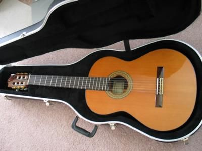 Lovely Classical Guitars For Sale