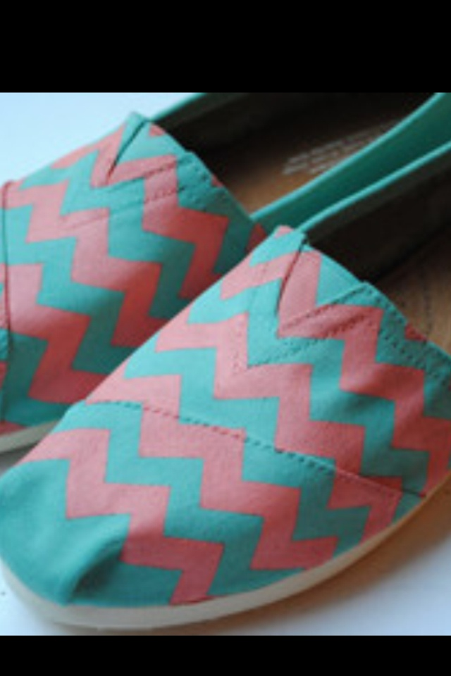 Chevron toms!!  Omg I want these...