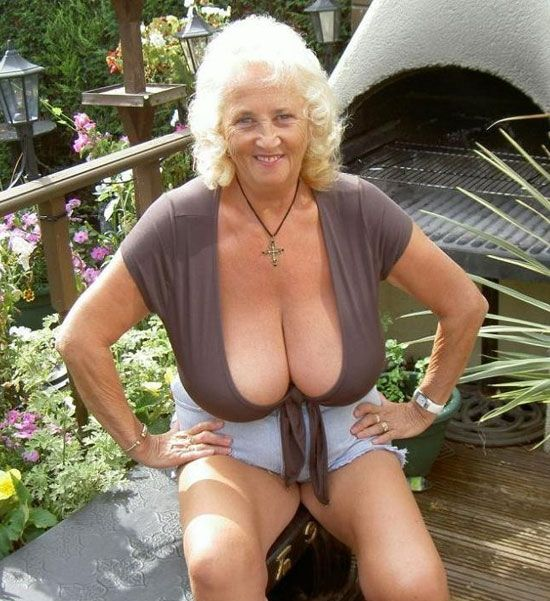 Mature Busty Grannies 62