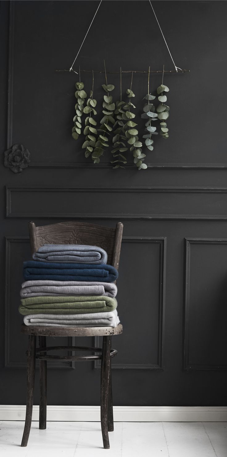 care by me christina throw in pure cashmere - knit - made in Nepal - danish design