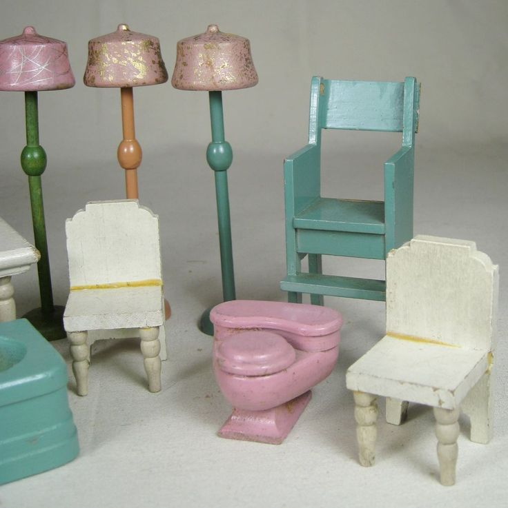 Strombecker Dollhouse Furniture 5 lamps, table, chairs, bath tub, toilet- $75 (I love the 3 lamps and high chair!)