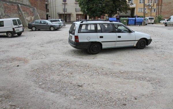 Igénytelen parkoló Miskolc belvárosában #miskolc