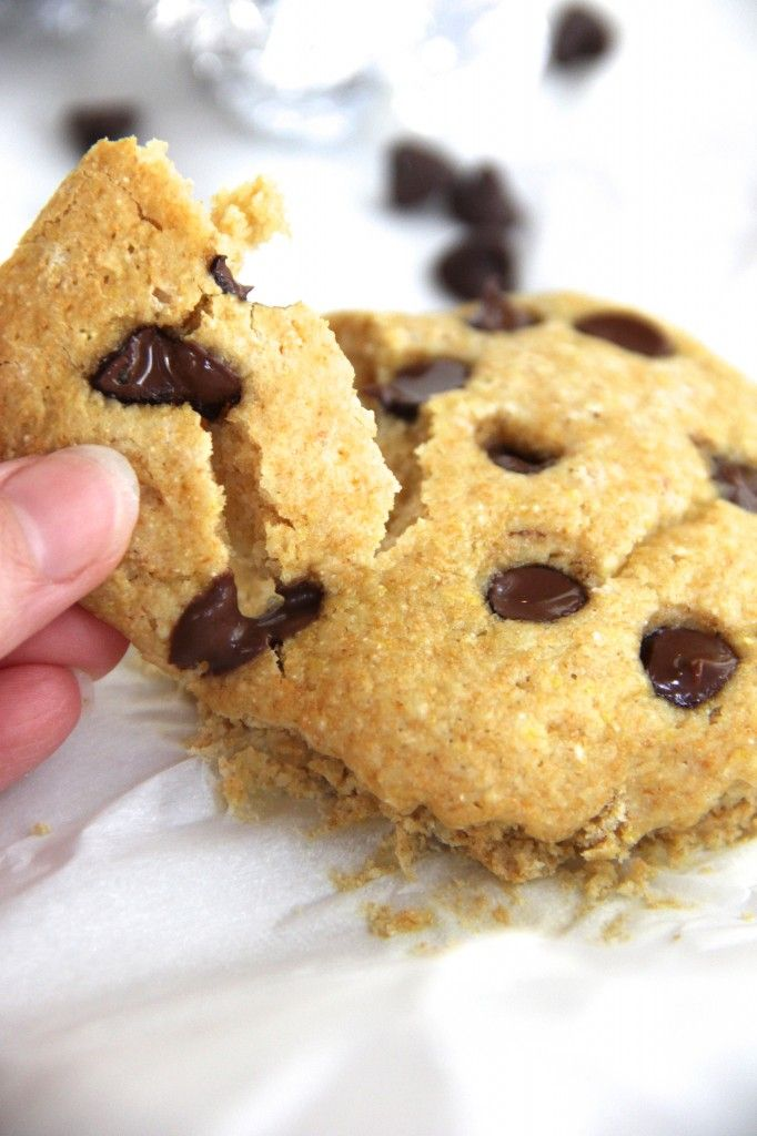 100 calorie GIANT chocolate chip cookie