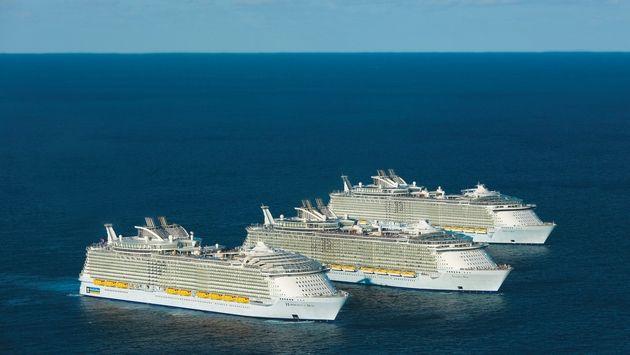 Royal Caribbean's Three Oasis Class Cruise Ships Meet at Sea