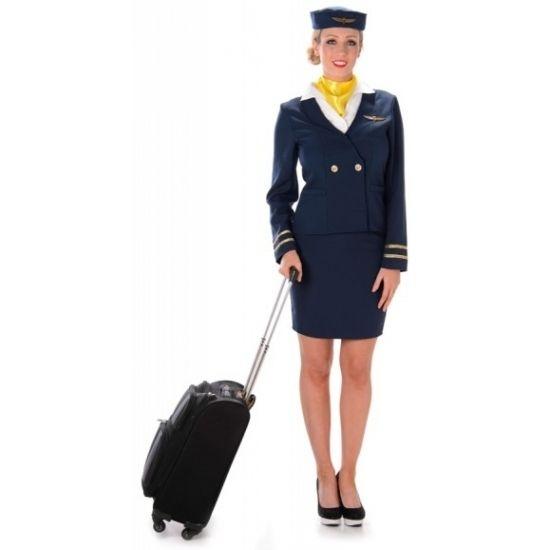 Carnavalskostuum stewardess blauw  Blauw stewardess kostuum. Dit donkerblauwe stewardessen mantelpakje bestaat uit het jasje met aangehechte blouse gele sjaal rokje en het hoedje. Materiaal: 100% polyester.  EUR 22.95  Meer informatie