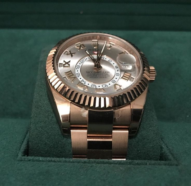 #Forsale Beautiful Unworn Sky Dweller in Rose Gold #Auction @$24,100.01