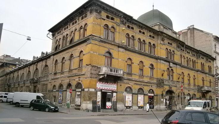 Hunyadi téri vásárcsarnok1 - Hunyadi téri vásárcsarnok – Wikipédia