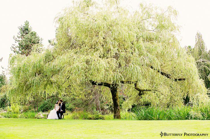 Vancouver Wedding Photographers | VanDusen Botanical Garden