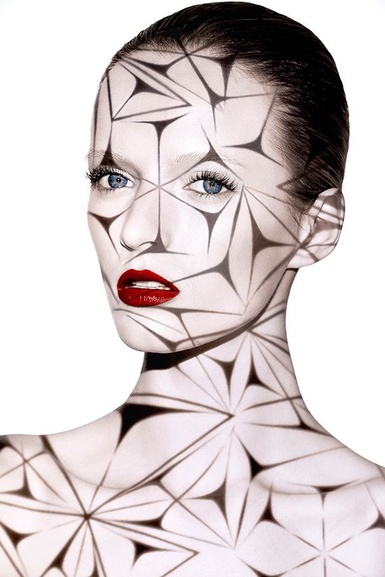 NARS Holiday 2014 promo image. I'm feeling indifferent toward the actual items in the collection, but the overall futuristic theme is very much My Thing.