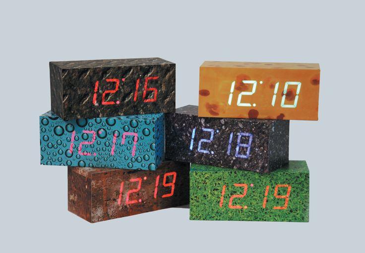 Mooie tijd…….bij de Design-your-Time klokken is de tijd zo sterk, die schijnt gewoon door de behuizing heen!