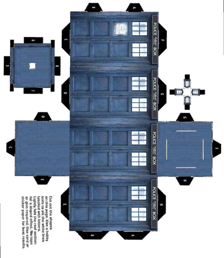 Paper model printables: TARDIS and Daleks