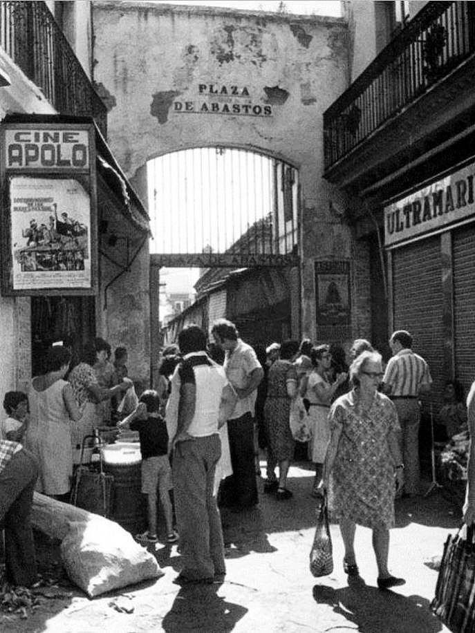 Plaza de Triana, Salida a Castilla.1976