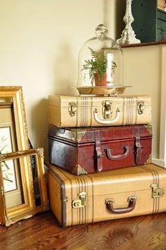 Διακοσμήσεις-Κατασκευές με παλιές βαλίτσες