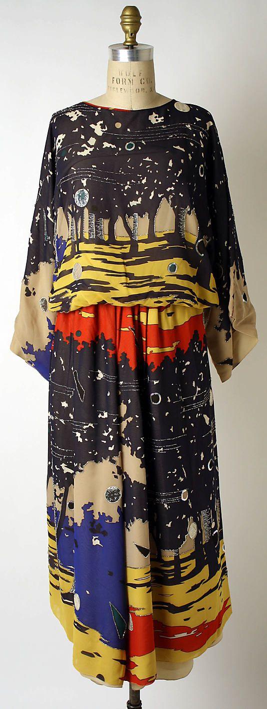 Chloé / Karl Lagerfeld / textile by Liberty & Co / 1966