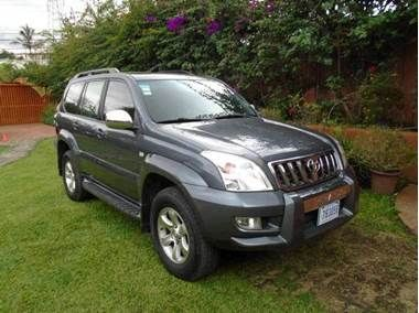 Used Toyota Land Cruiser for sale in Heredia, Costa Rica - Price: $ 31,875 USD - Year: 2009 - Mileage: 94 951 km - Transmission: Automatic - Fuel type: Gasoline - Traction: 4WD - Safety: Anti-Theft: alarm - Safety: Anti-Theft: central lock - Safety: Anti-theft: engine immobilizer - Safety: Brakes: ABS - Safety: Brakes: rear discs - Safety: Shock: driver airbag - Safety: Shock: lateral airbag - Safety: Shock: passenger airbag - Safety: Lights: fog headlights - Safety: Lights: rear fog lights…