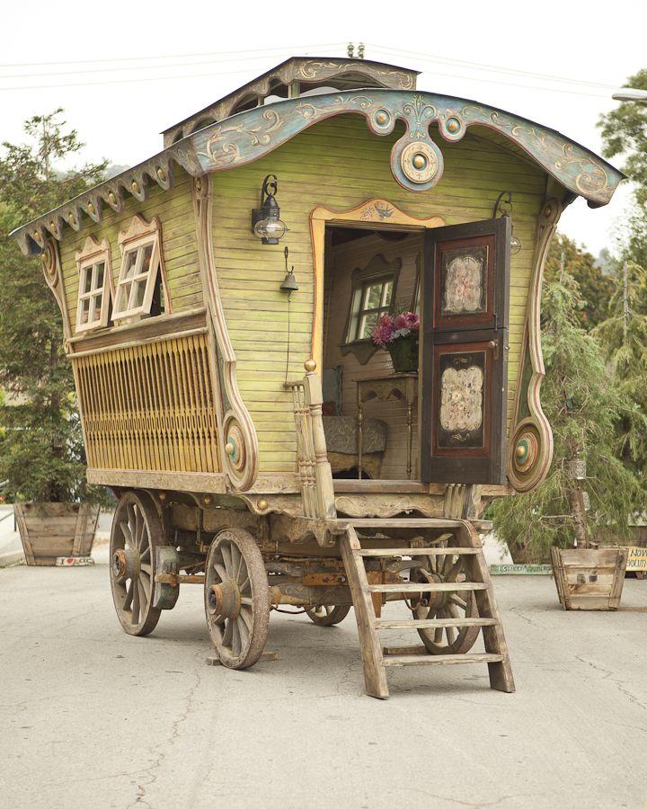 handcrafted gypsy caravan, photography by Erin Feinblatt