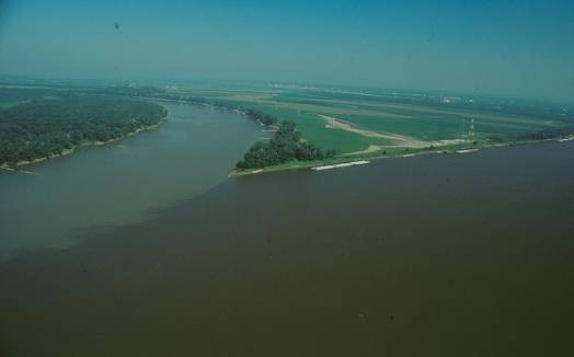 city where missouri and mississippi river meet