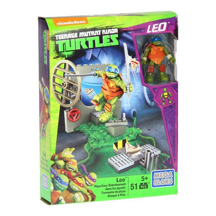 De Teenage Mutant Ninja Turtels zijn echte Ninja's en ze houden van Pizza! Ze eten het erg graag maar ze oefenen er ook graag mee. Bouw het oefenterrein (het riool) en zet Leo tussen de tunnel en de pizza schieter. Werk aan de kunst van de verdediging en help Leo de stukjes pizza tegen te houden. Als de pizza door het riool vliegt heeft hij verloren.Ook leuk om te combineren met de andere Teenage Mutant Ninja turtle sets van Mega Bloks. Afmeting: verpakking 20,5 x 15 x 4,5 cm. - Mega Bloks…
