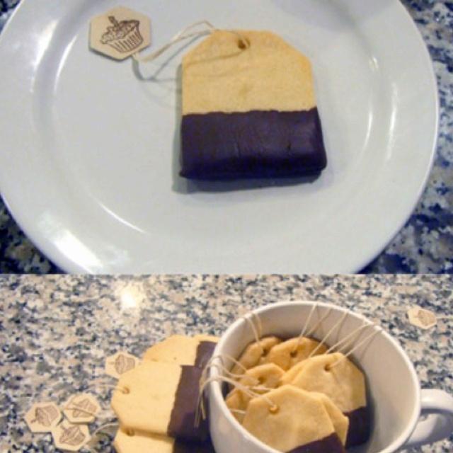 Tea bag cookies: Teas Time, Cute Ideas, Teabag Cookies, Teas Cookies, Tea Bag Cookies, Teas Bags Cookies, Chocolates Dips, Teas Parties, Teas Biscuits