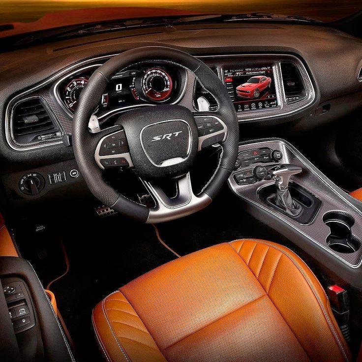 """Dodge Challenger Hellcat 2016 Duas unidade do mais poderoso muscle car já produzido em série estão à caminho do Brasil. O Hellcat é trazido somente por importação direta e as encomendas foram feitas pela  Direct Imports importadora de veículos com sede em São Paulo e em Miami. O carro tem motor V8 5.7 com  707cv de potência associado a um câmbio tremec manual de seis velocidades.  O Challenger Hellcat é equipado com freios Brembo de 154"""" e suspensão ajustável a gás com três pré-ajustes…"""