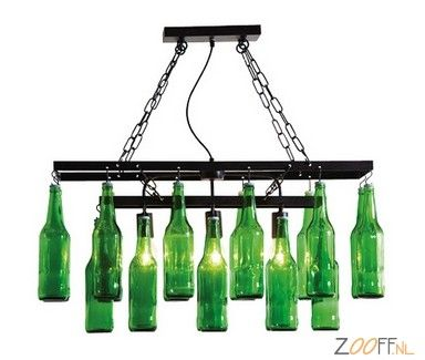 Kare Design Pendant Beer Bottles Hanglamp - De Kare Design Beer Bottles Hanglamp is een unieke hanglamp gemaakt van bierflesjes in een hoogwaardig stalen frame. De Beer Bottles Hanglamp heeft een aparte, maar zeer mooie uitstraling. De sfeervolle en 100% unieke hanglamp beschikt over voldoende licht om een woonkamer mee op te lichten.