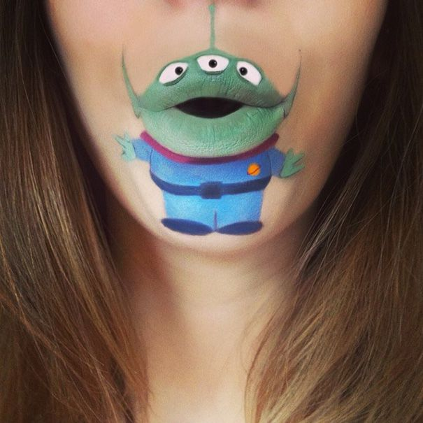 Lip Art by Laura Jenkinson Maybe I'll go as an alien for Halloween...