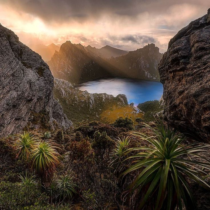 Lake Oberon. A place like no other deep in the Tasmanian wilderness