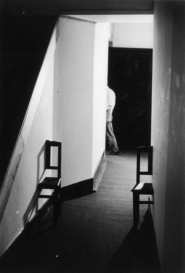 """António Ferraz, View of installation """"Ressureição da Surpresa Perceptiva - Perturbação do Campo Visual dada Através do Objecto"""", 1973"""