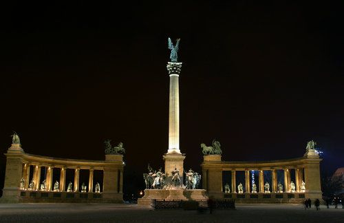 Heroe's Square at night in Budapest.