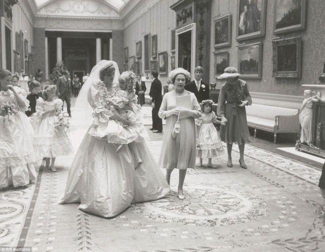 El día de la boda de la princesa Diana y el príncipe Carlos. 1981