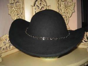 Şapka görünümlü siyah bisiklet kaskı