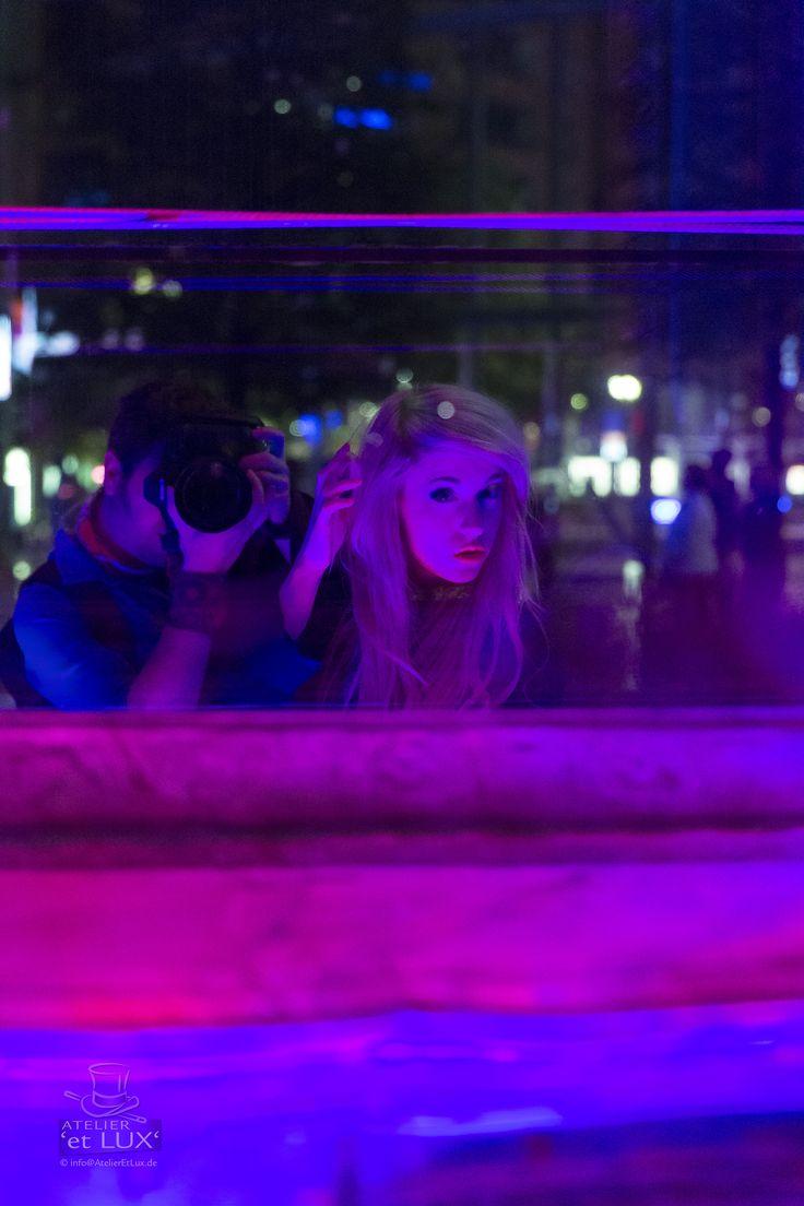 Session 'Louvee wear Burberry'  Photography: Atelier 'et Lux' Model: Ivona Louvee