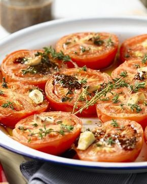 Geroosterde tomaten met honing en tijm
