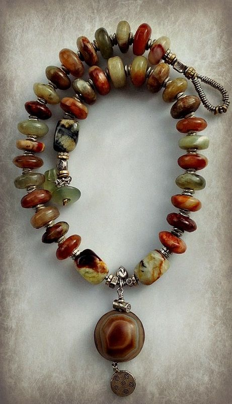 BEADS & THREADS - Home...NEWS, Necklaces, Bracelets