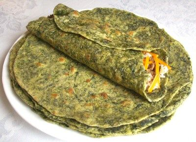 homemade spinach tortillas, easy, healthy, and fresh!