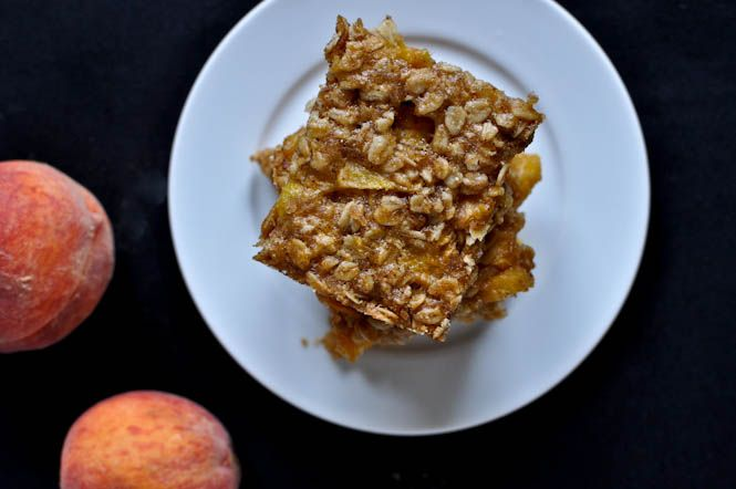 Brown Butter Peach Crumble Bars: Not that I need another dessert but this one may come in handy for using up some extra peaches. :)