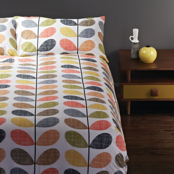 Orla Kiely Scribble Stem Queen Quilt Cover Set with 2 Pillow Cases $219.95 available at www.se10gallery.com.au #orlakiely #bedroom #bed #linen #sleep #homewares #bedding #retro