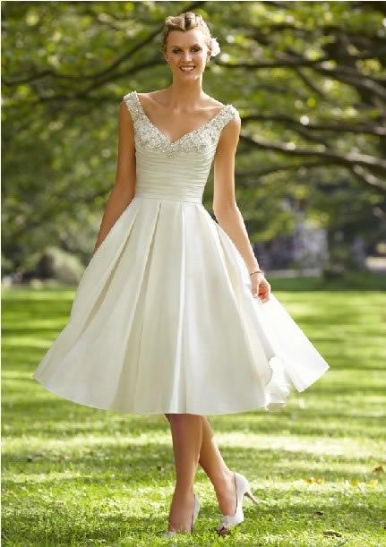 Strap Tea-length / Long 50s Style Vintage Wedding Dresses...Not my wedding dress, I'd just love to have a dress like this