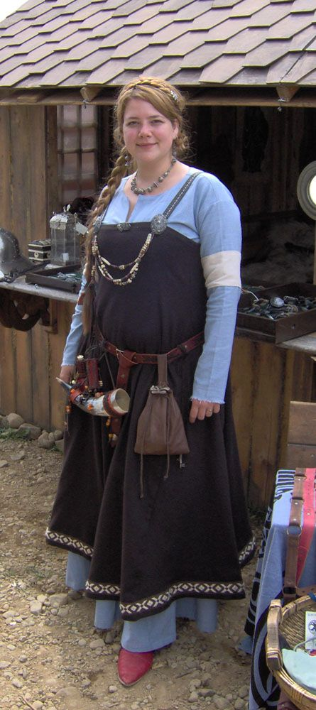 Blue and brown Viking dress  pretty!