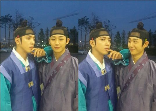"""tvN """"The Three Musketeers"""" Jung Yong Hwa and Jung Hae In"""