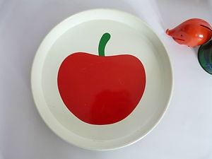 Tin-tray-apple-cherry-serving-bar-tray-vintage-retro-modernist-60s-70s