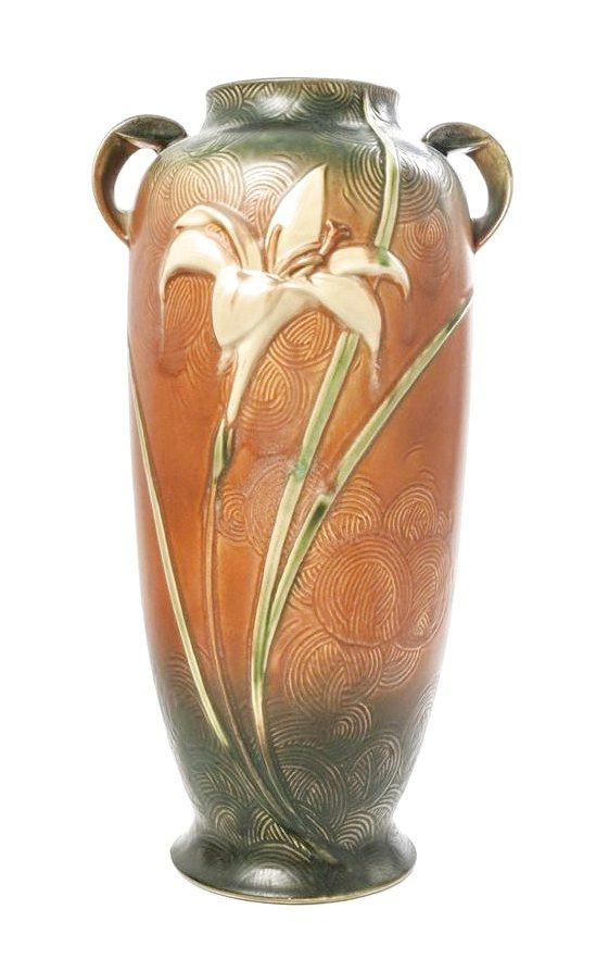 Roseville Pottery Vase In The Zephyr Lily Pattern