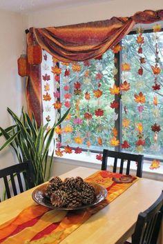 besonders interessante herbst basteln ideen für fenster deko - gemütliches wohnzimmer